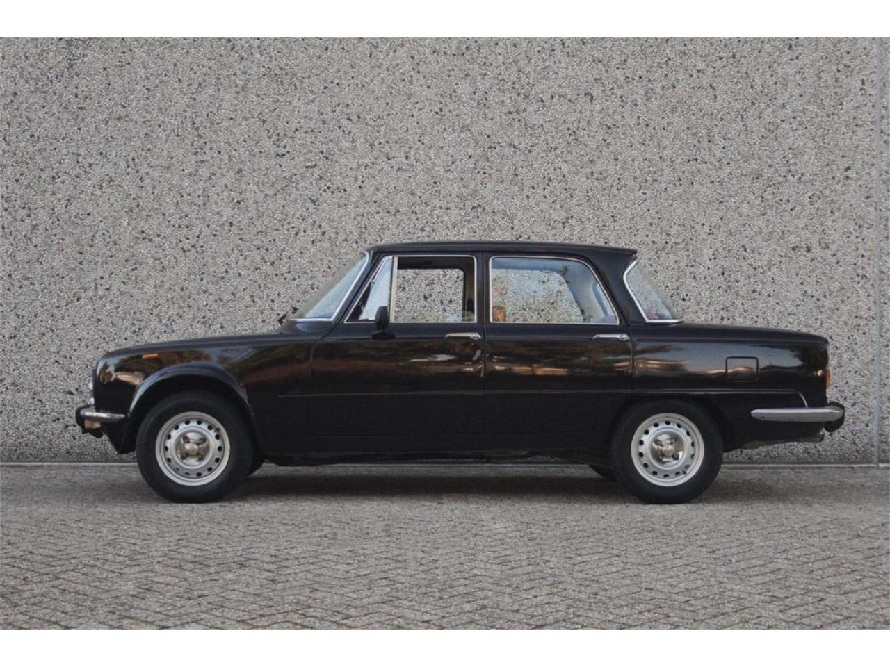 Large Picture of 1976 Giulia Super Nuova Super 1300 located in New York Auction Vehicle Offered by Live Auctioneers - P13P