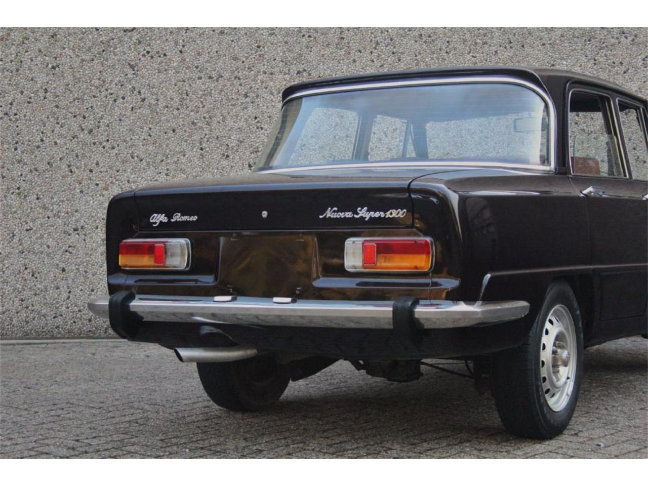 Large Picture of 1976 Giulia Super Nuova Super 1300 located in New York New York - P13P