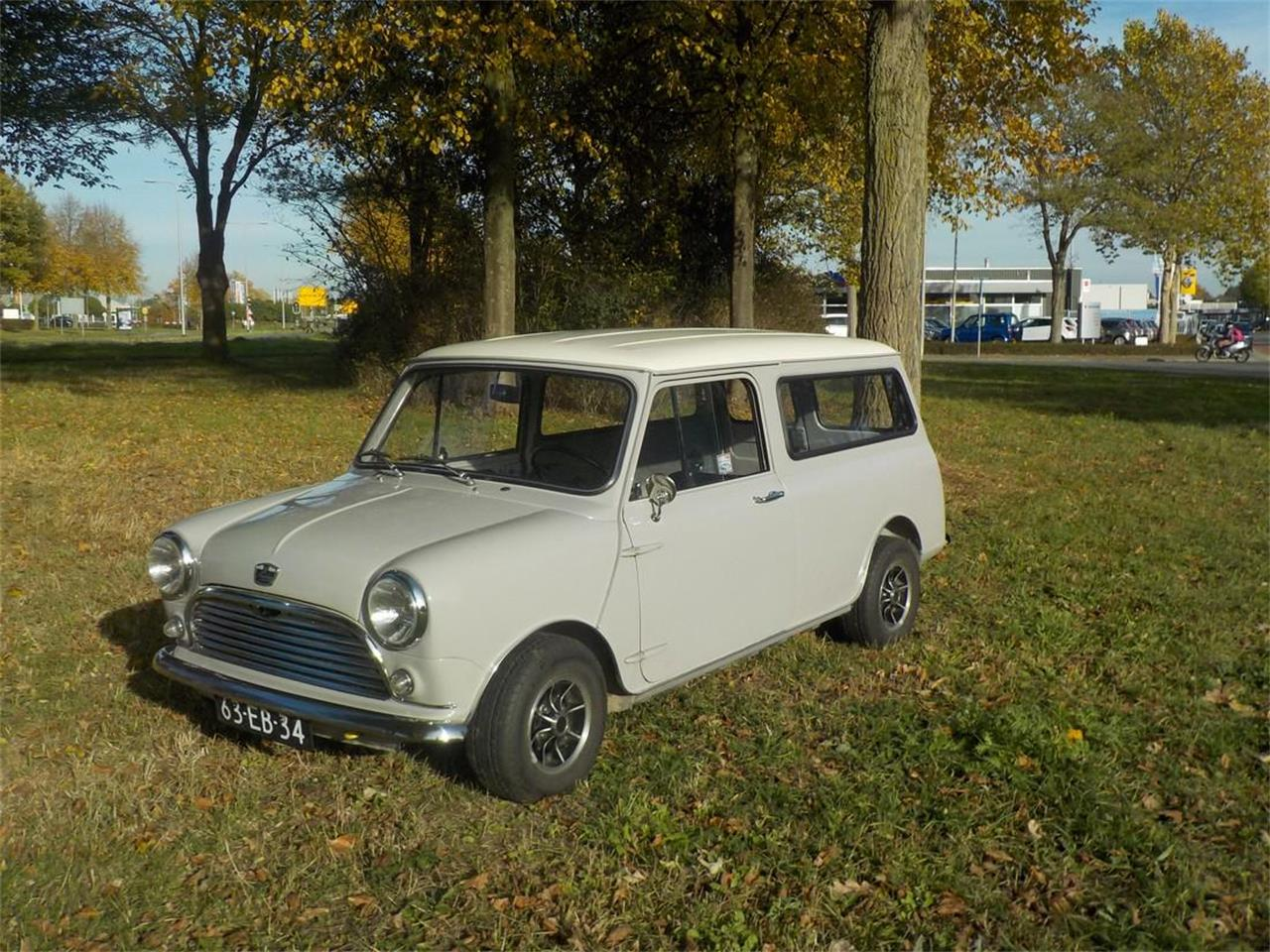 Large Picture of '78 Mini Panelvan Auction Vehicle - P147