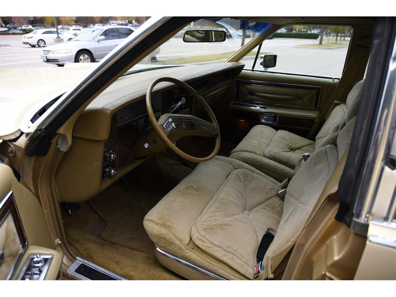 Large Picture of 1979 Continental located in Texas - P157