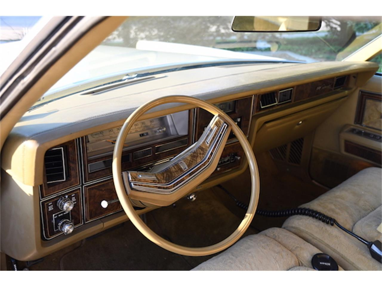 Large Picture of 1979 Lincoln Continental - P157