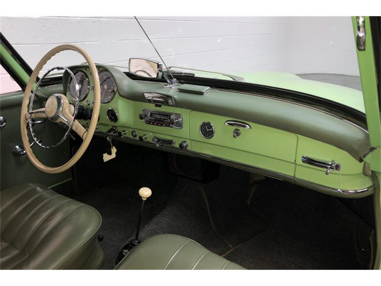 Large Picture of 1959 190SL - P18H