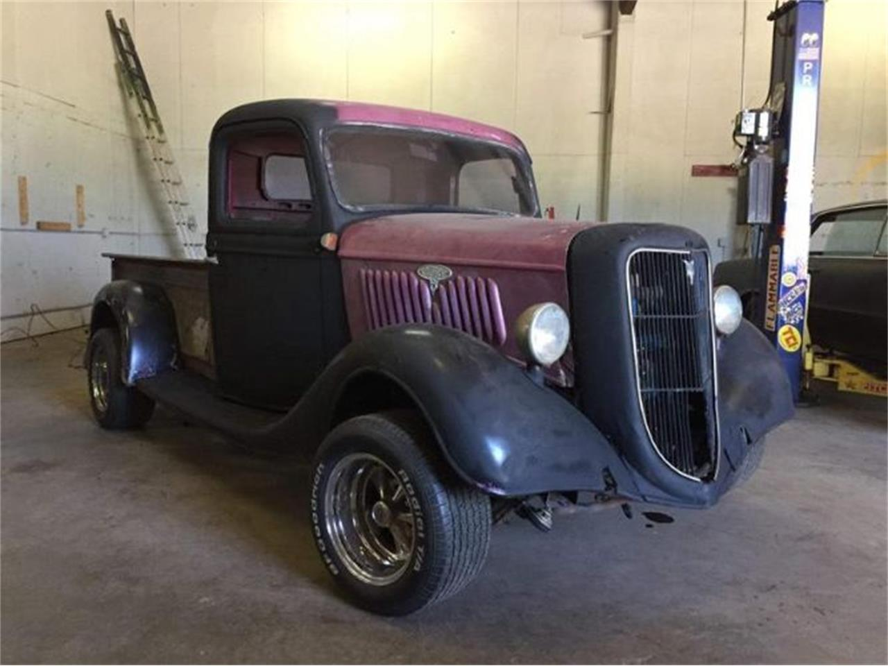 Large Picture of '35 Pickup - P1B4