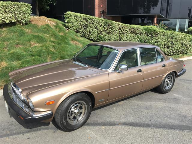 Picture of '87 Jaguar XJ6 located in California - $18,000.00 Offered by a Private Seller - OVOQ