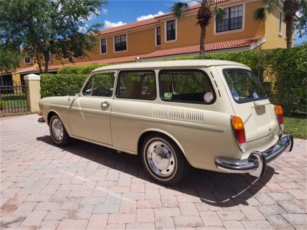 Large Picture of 1971 Volkswagen Type 3 - $26,995.00 Offered by Classic Car Deals - P1BA