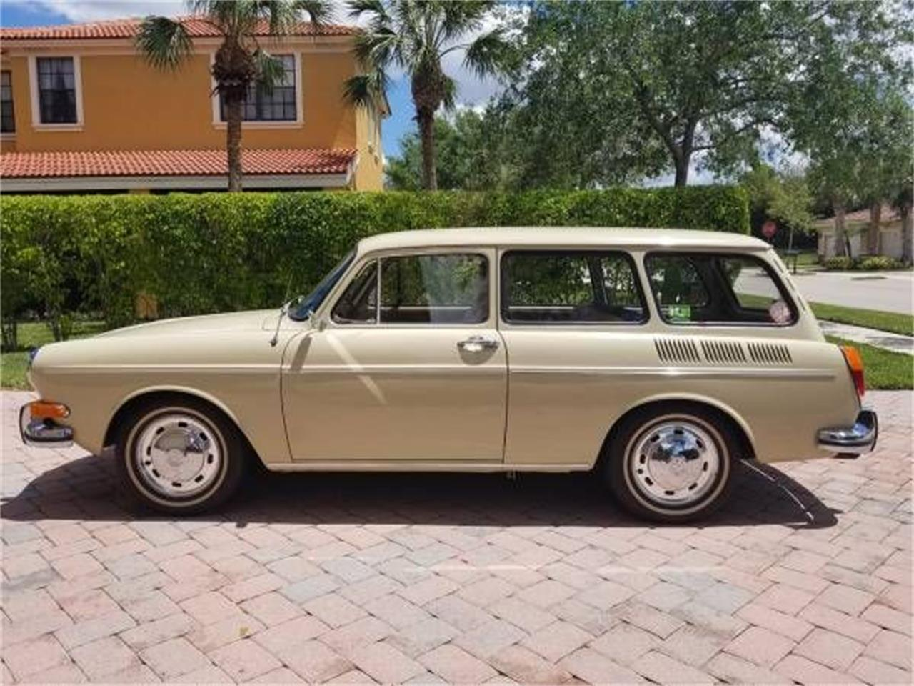 Large Picture of 1971 Volkswagen Type 3 Offered by Classic Car Deals - P1BA