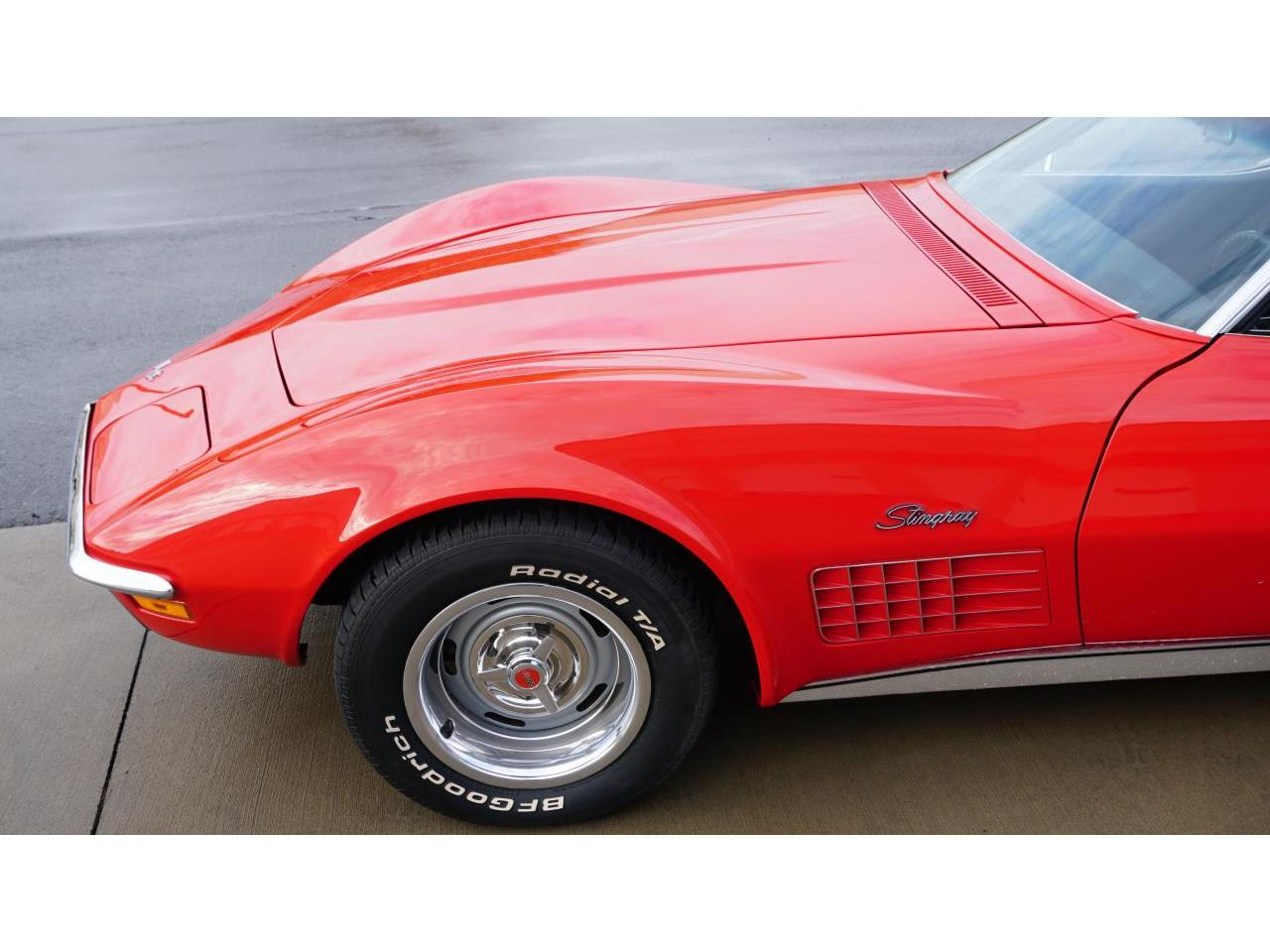 Large Picture of '71 Corvette - P1C8