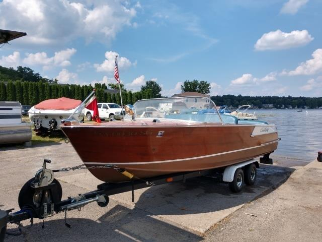 Picture of Classic 1961 Chris-Craft Boat located in Fort Wayne Indiana Offered by  - P1E4