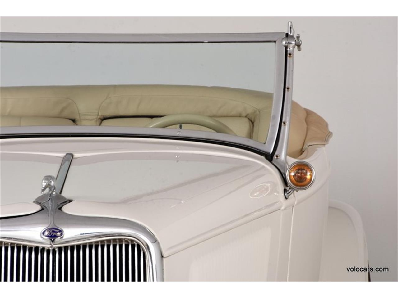 Large Picture of 1934 Ford Custom Offered by Volo Auto Museum - P1F4