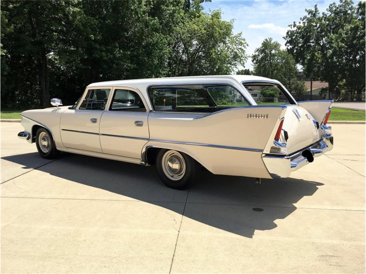 Large Picture of Classic '60 Plymouth Suburban located in Missouri Offered by Wheeler Auctions - P1IS