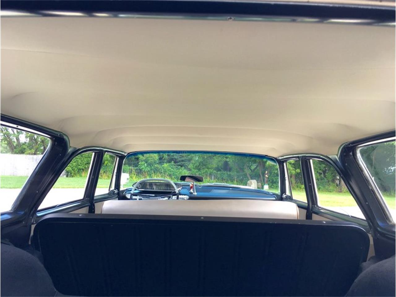Large Picture of 1960 Suburban - P1IS