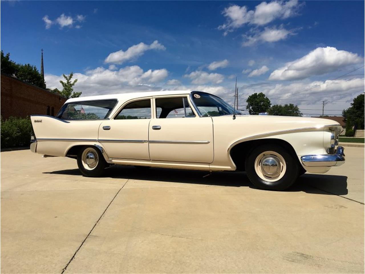 Large Picture of '60 Suburban located in Park Hills Missouri - P1IS