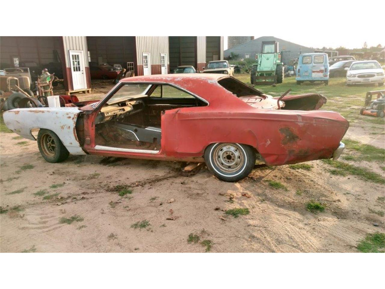 Large Picture of '69 Road Runner - P1MZ