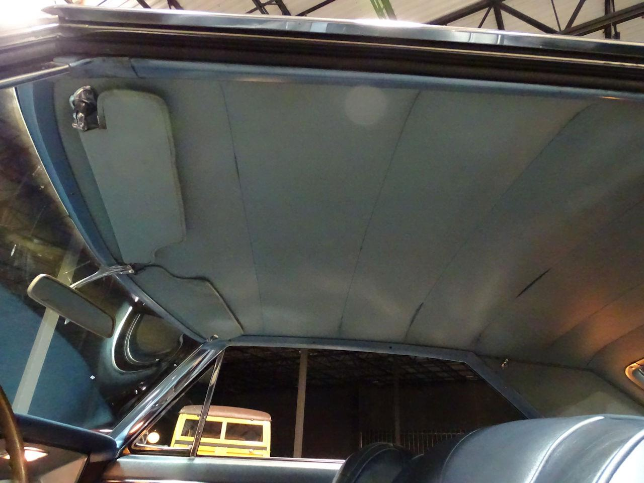 Large Picture of '63 Riviera - P1NT