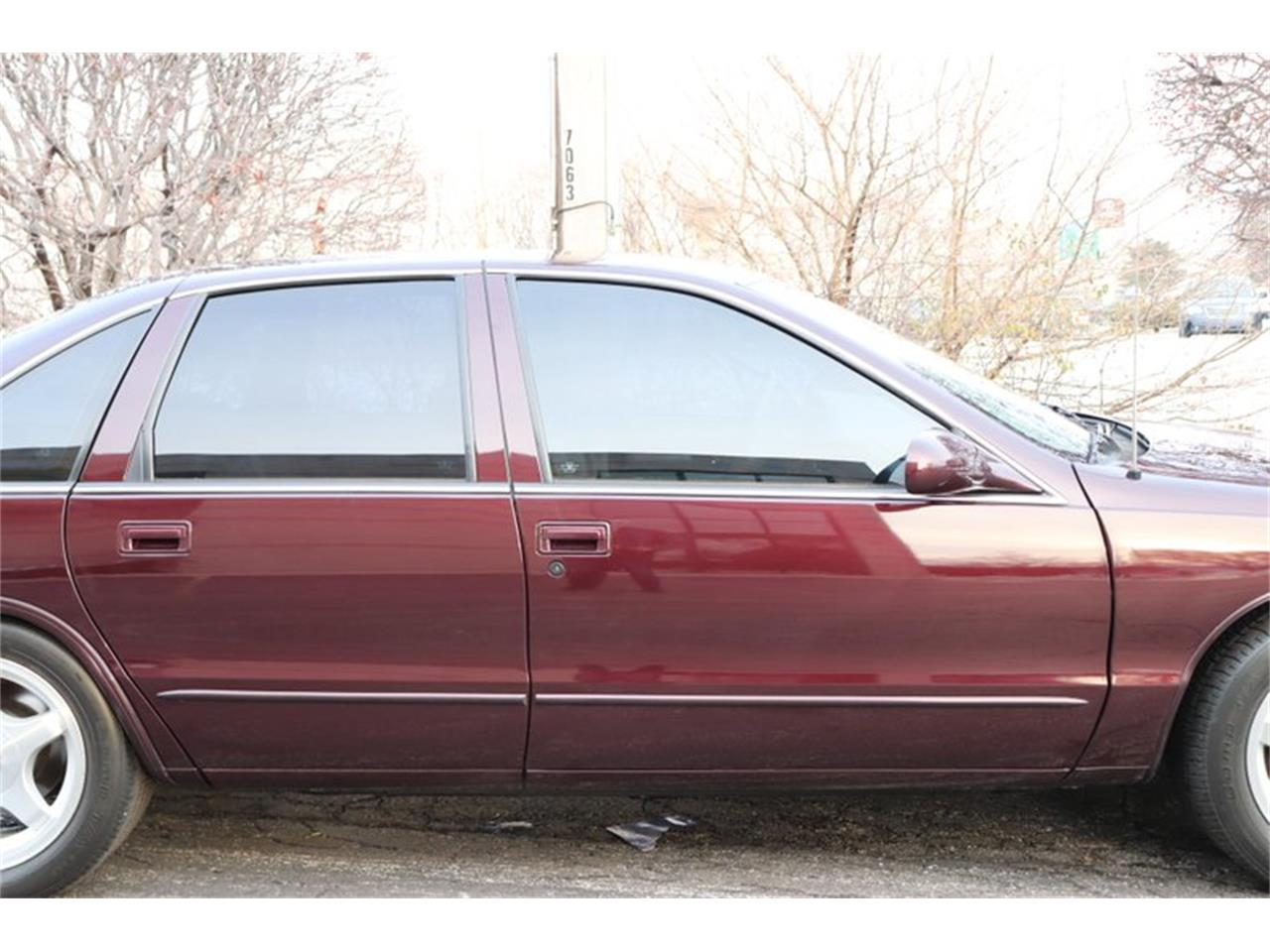 Large Picture of 1996 Impala located in Illinois Offered by Midwest Car Exchange - P1PX