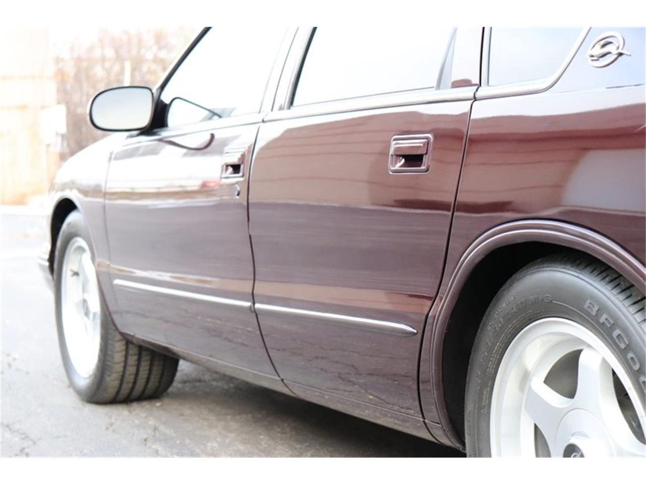 Large Picture of 1996 Impala Offered by Midwest Car Exchange - P1PX