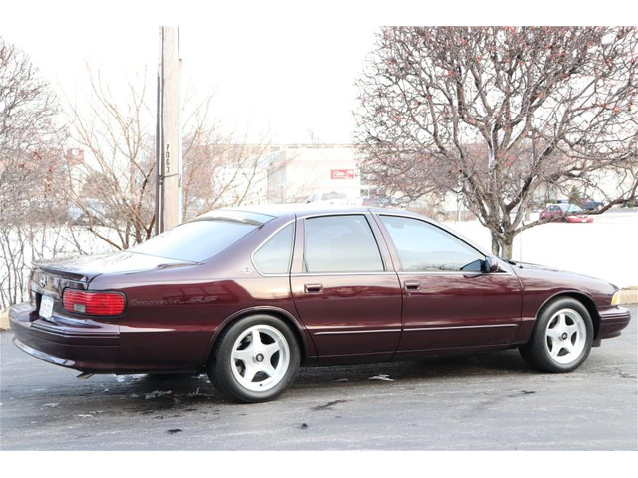 Large Picture of 1996 Chevrolet Impala located in Alsip Illinois - $28,900.00 Offered by Midwest Car Exchange - P1PX