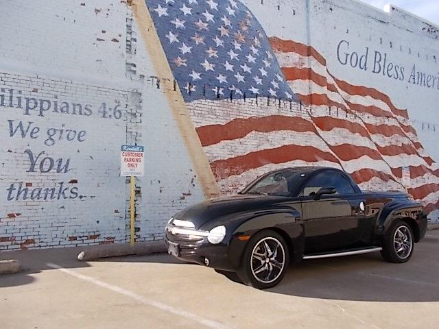 Picture of '03 Chevrolet SSR located in Skiatook Oklahoma - $17,900.00 Offered by  - P1Q9