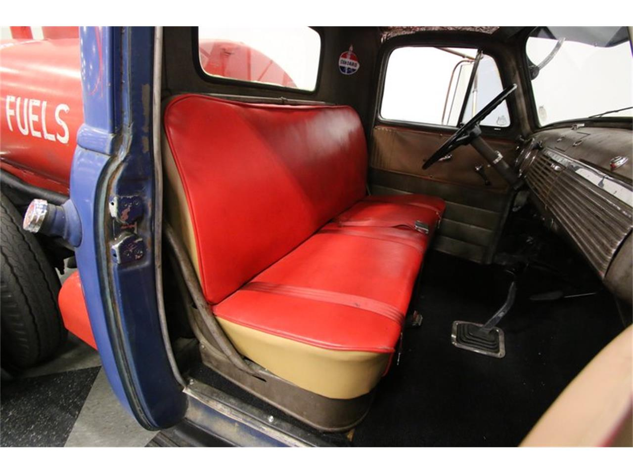 Large Picture of '51 Chevrolet Pickup Offered by Streetside Classics - Nashville - P1VF