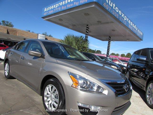 Picture of '15 Nissan Altima - $10,500.00 Offered by  - P21J