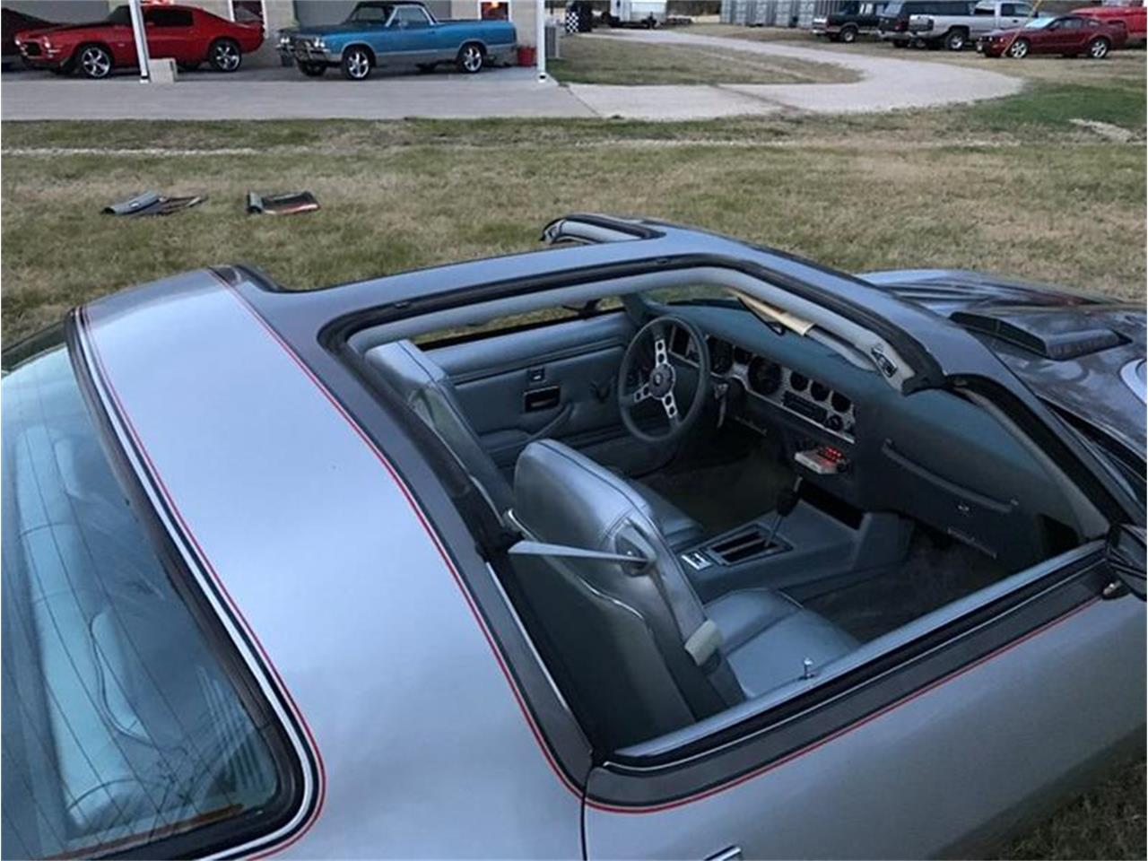 Large Picture of '79 Firebird - P29A