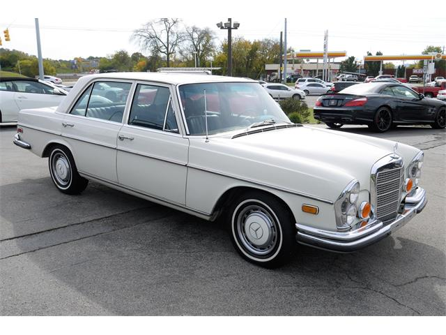 Picture of Classic '73 Mercedes-Benz 280SEL located in Brentwood Tennessee Offered by  - P3PC