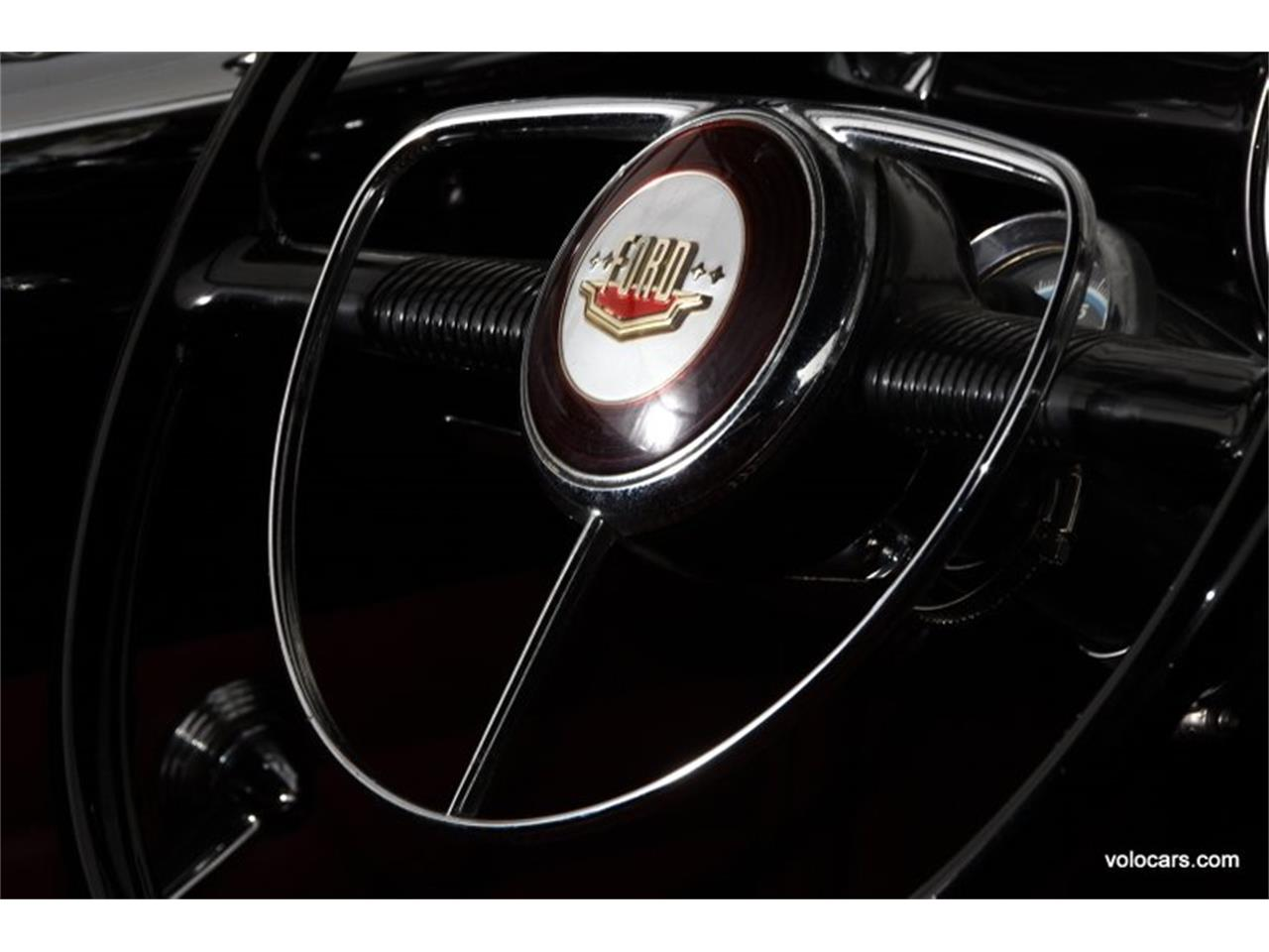 Large Picture of Classic 1950 Ford Custom Offered by Volo Auto Museum - P3SQ