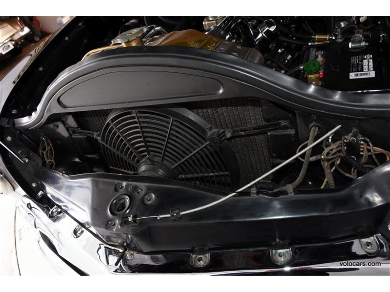 Large Picture of '50 Ford Custom - P3SQ