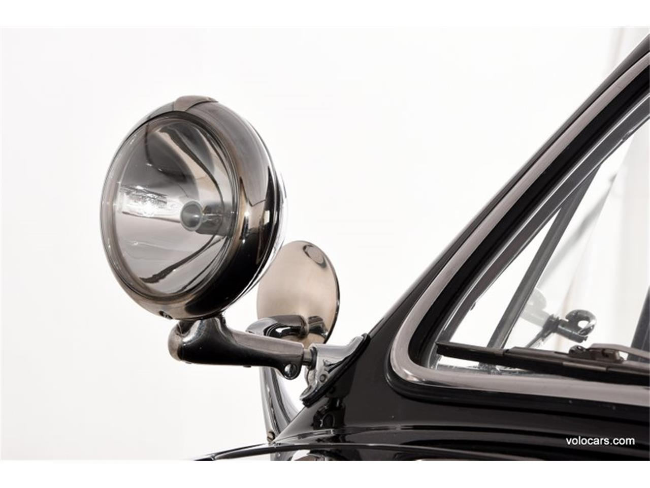 Large Picture of 1950 Ford Custom - $47,998.00 - P3SQ