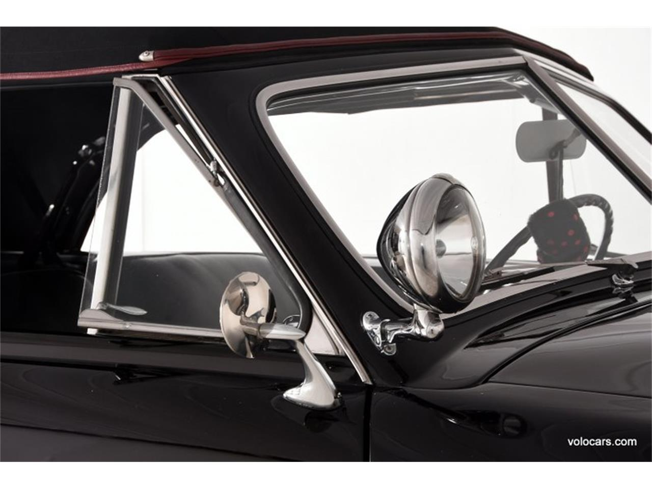 Large Picture of Classic '50 Ford Custom - $47,998.00 Offered by Volo Auto Museum - P3SQ