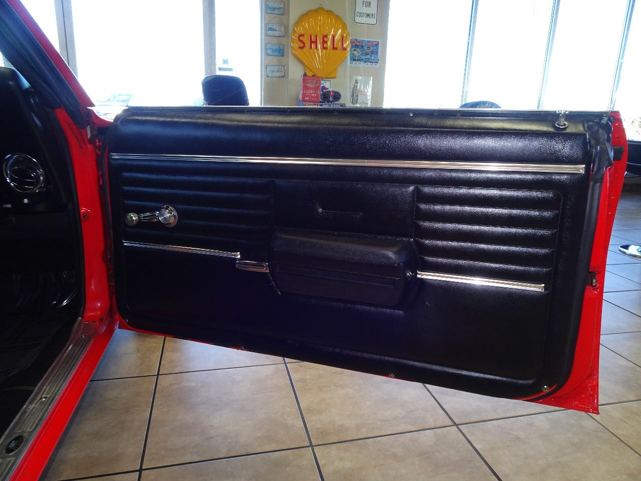 Large Picture of '68 Camaro SS - $32,997.00 Offered by Thiel Motor Sales Inc. - P3YL