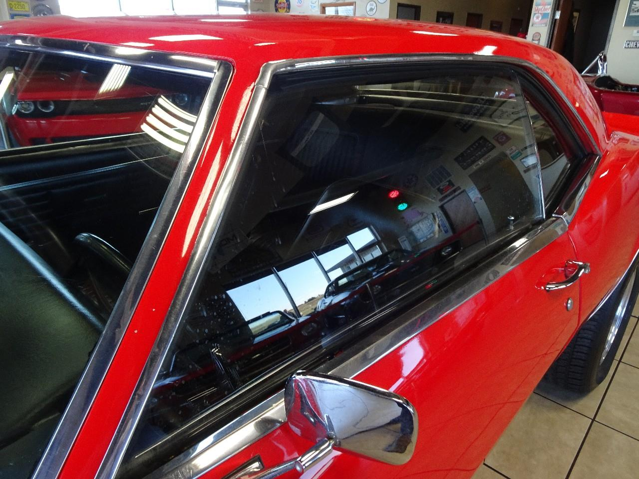 Large Picture of '68 Chevrolet Camaro SS located in Iowa - $32,997.00 - P3YL
