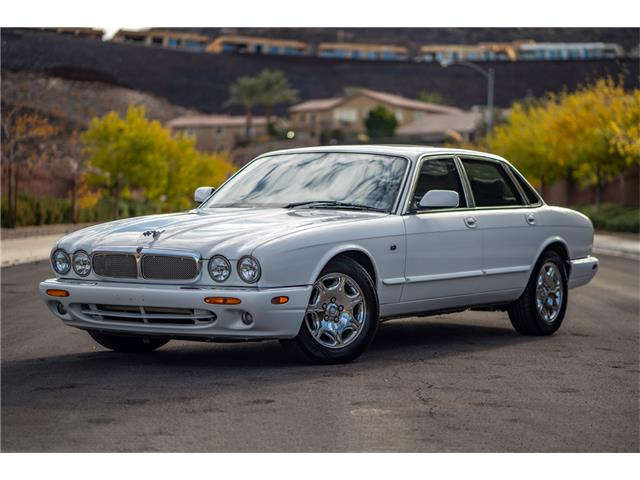 Picture of '03 XJ8 - P45C