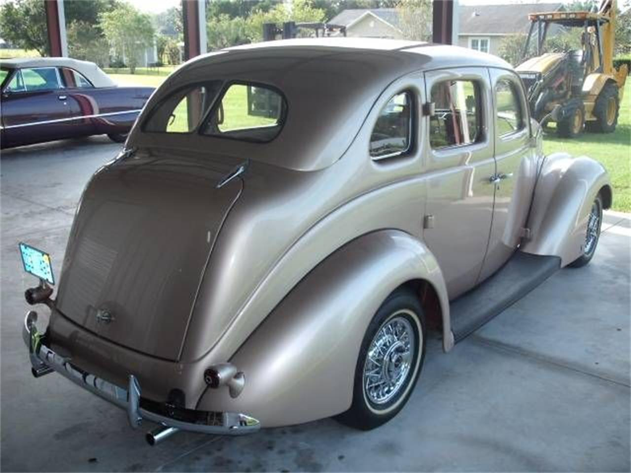 Large Picture of 1937 Ford Deluxe - P47A