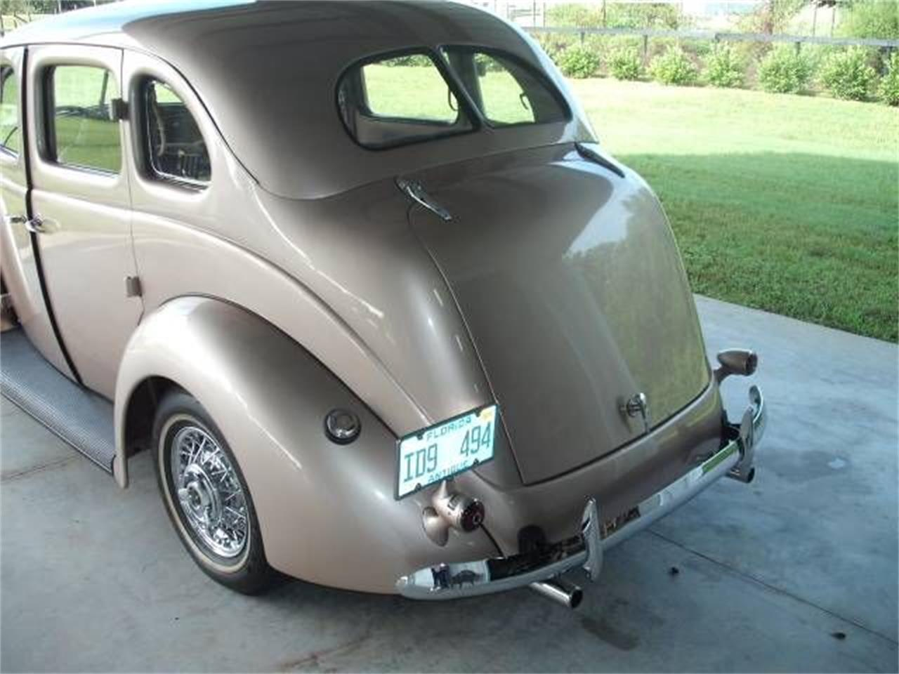 Large Picture of Classic '37 Ford Deluxe - $41,495.00 - P47A
