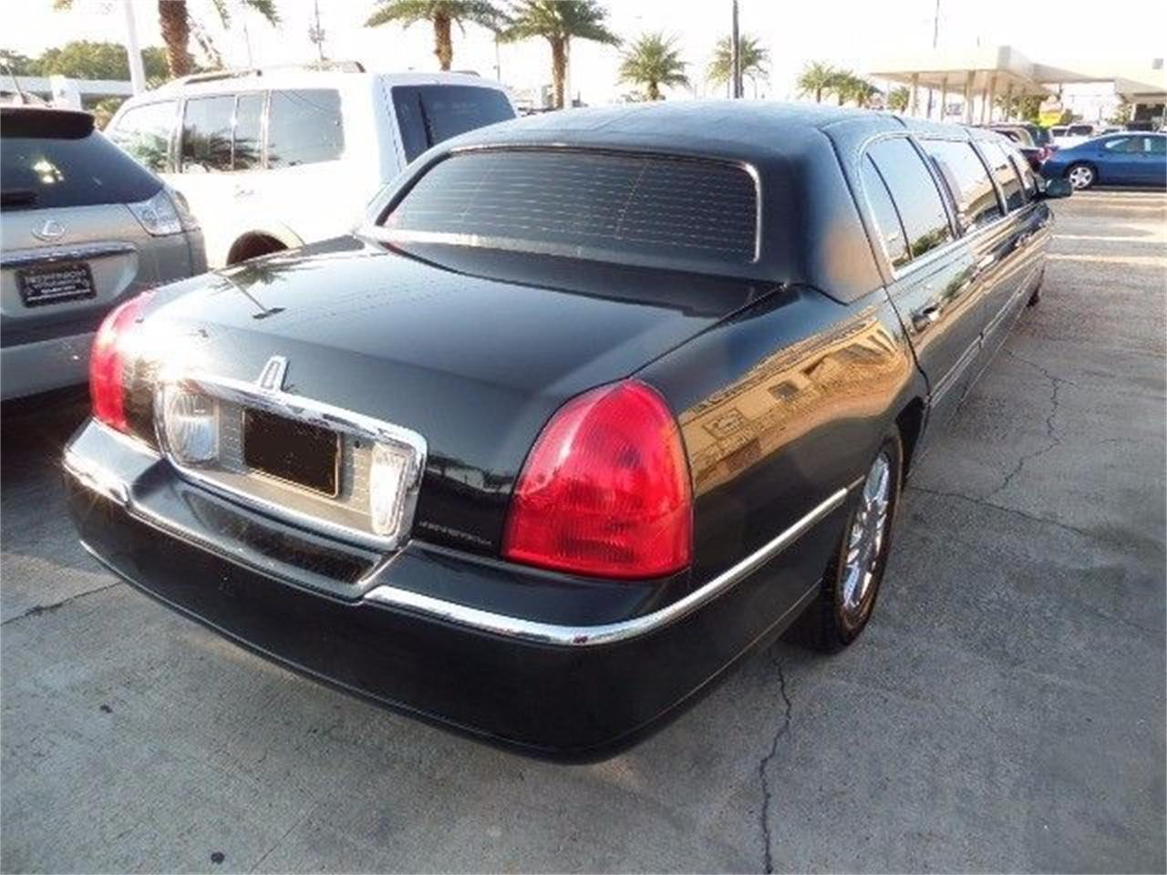 2011 Lincoln Town Car For Sale Classiccars Com Cc 1171852
