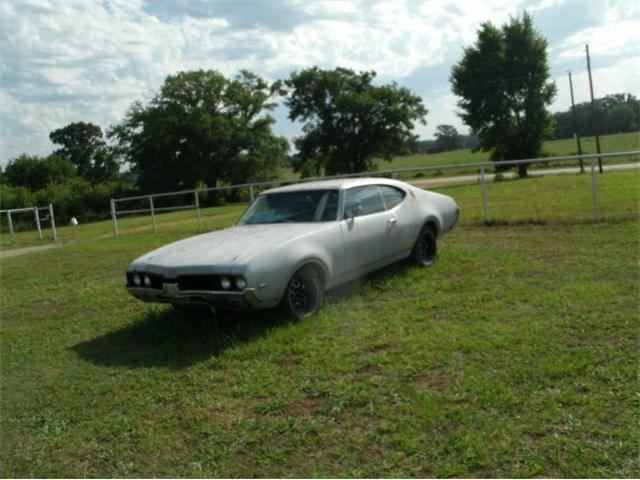 Picture of '69 Oldsmobile Cutlass located in Michigan - $9,395.00 Offered by  - P47M