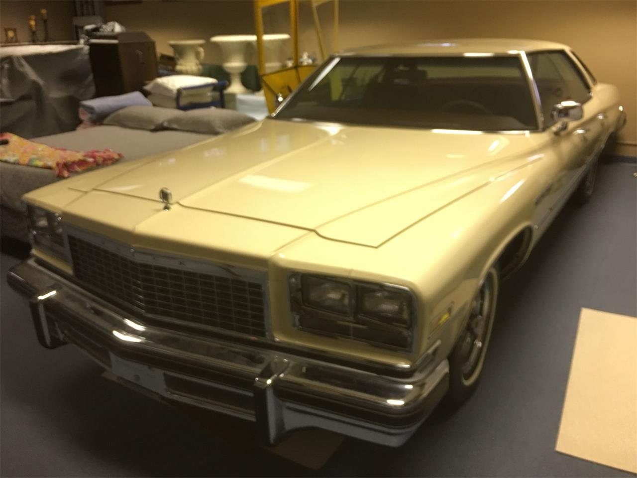 Large Picture of '76 LeSabre - P4AG