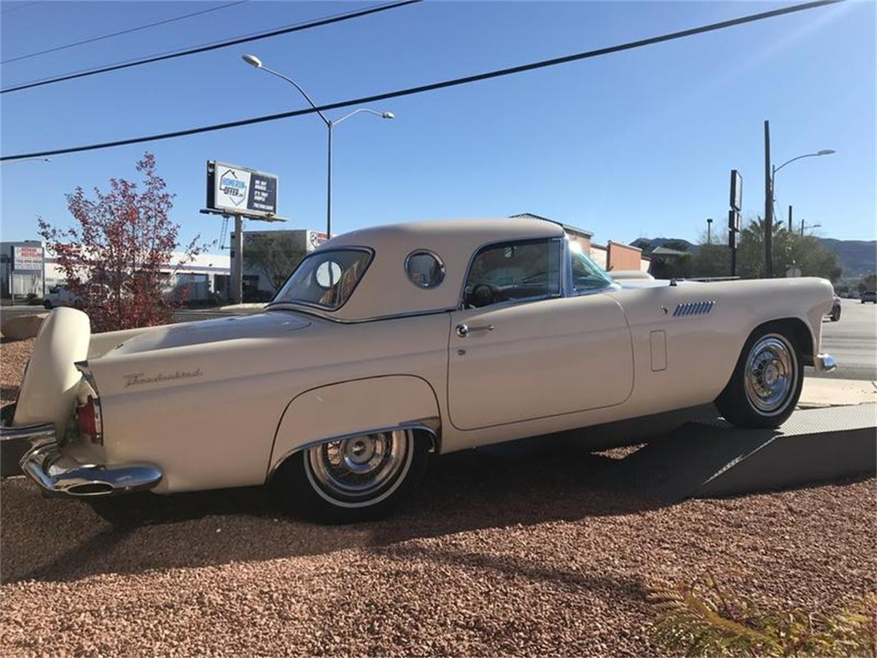 Large Picture of '56 Thunderbird - P4E8