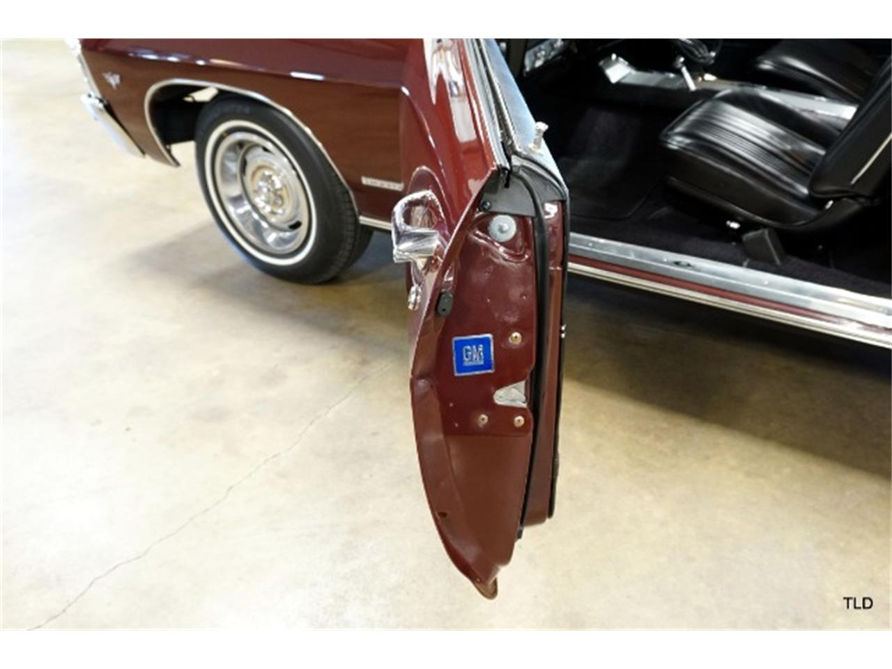 Large Picture of Classic '67 Chevrolet Impala located in Illinois - $36,000.00 Offered by The Last Detail - P4FZ