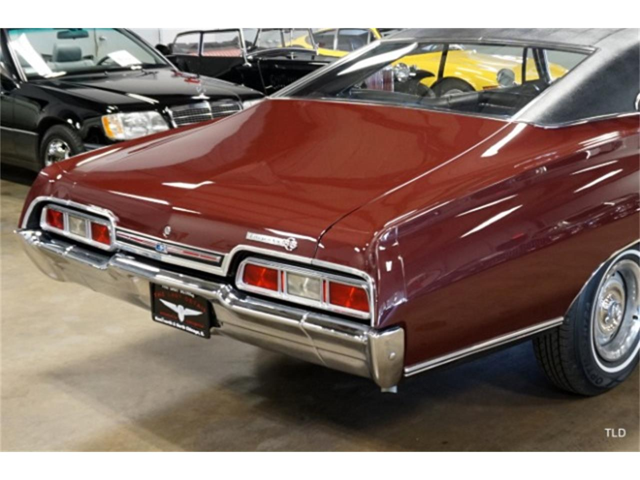 Large Picture of Classic 1967 Chevrolet Impala Offered by The Last Detail - P4FZ
