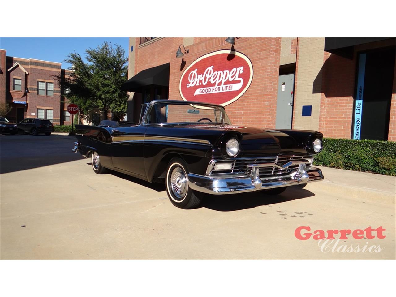 Large Picture of '57 Fairlane 500 - P4H1