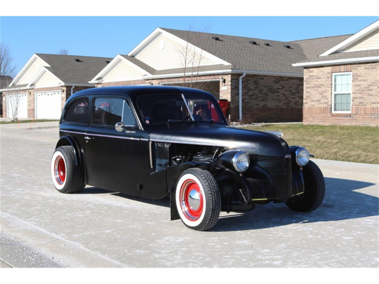 Large Picture of '39 Sedan - P4H9