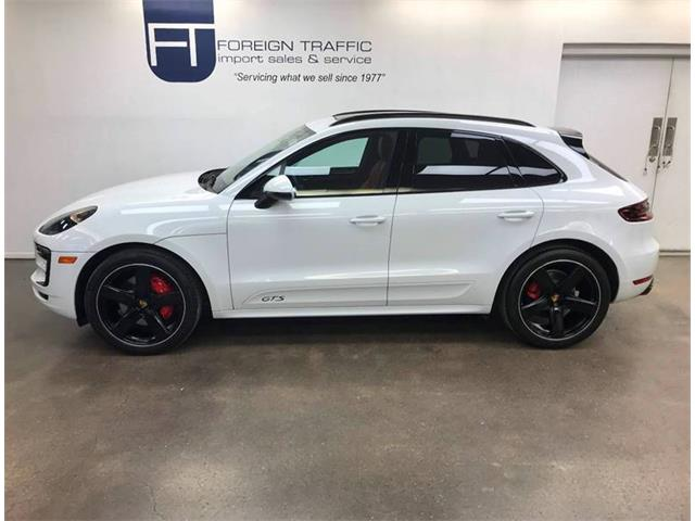 Picture of '18 Porsche Macan located in Allison Park Pennsylvania Offered by  - P4P4