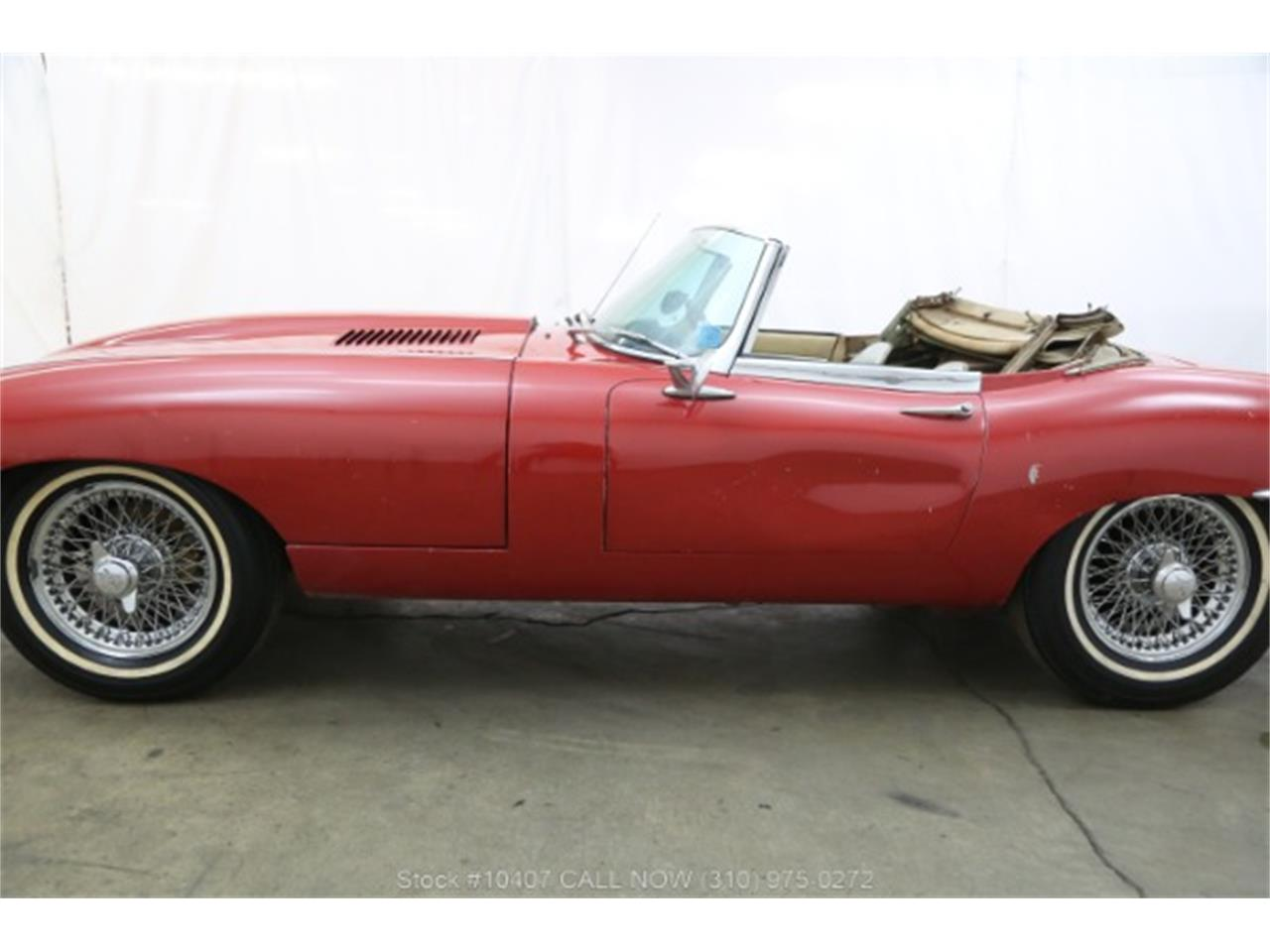 Large Picture of Classic 1961 Jaguar XKE Offered by Beverly Hills Car Club - P4RS