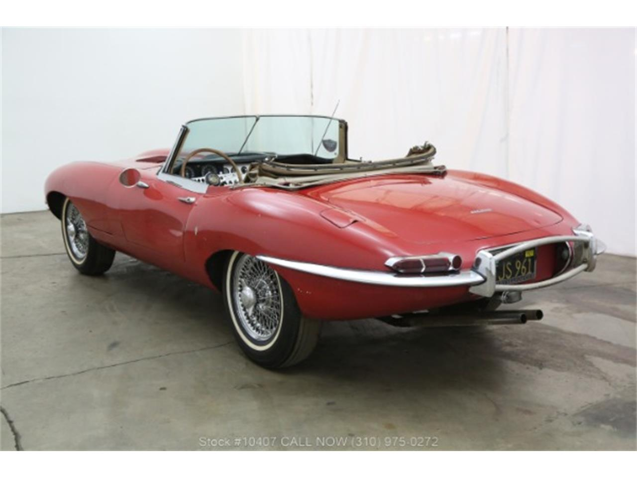 Large Picture of '61 Jaguar XKE Offered by Beverly Hills Car Club - P4RS