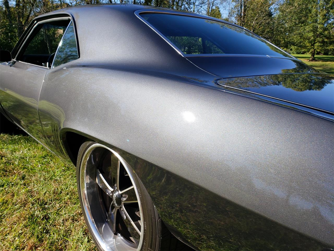 Large Picture of '69 Camaro SS - P4VI