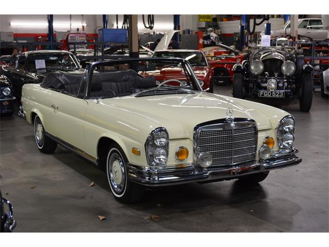 Picture of 1971 Mercedes-Benz 280SE located in New York Offered by  - P4XY