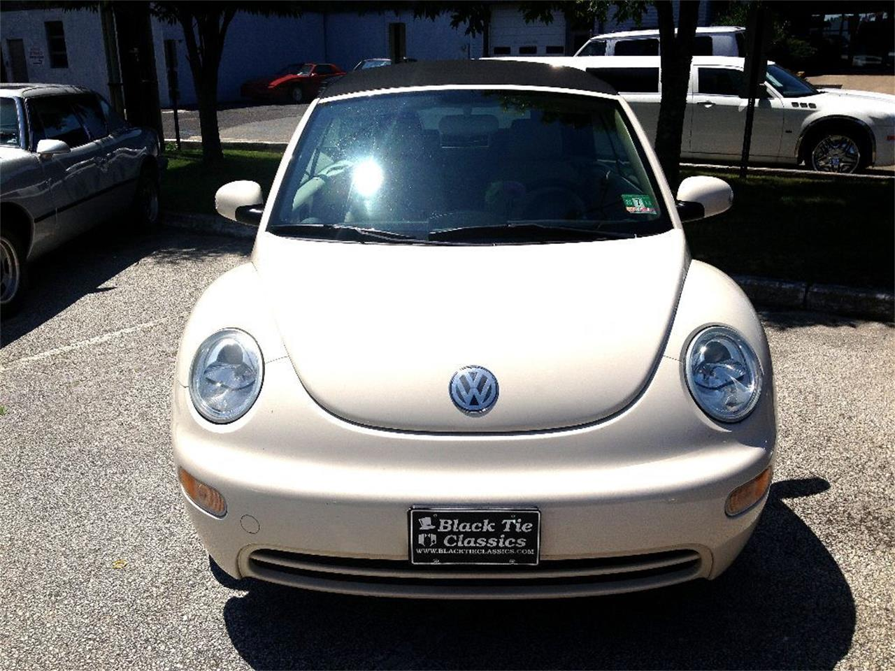 Large Picture of '05 Volkswagen Beetle located in Stratford New Jersey - $8,990.00 Offered by Black Tie Classics - P5DX