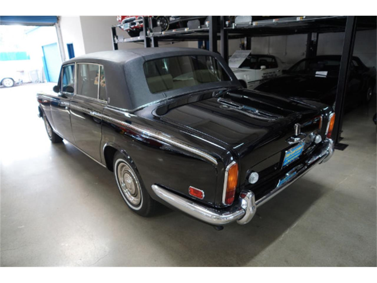 Large Picture of '71 Silver Shadow - P5MR